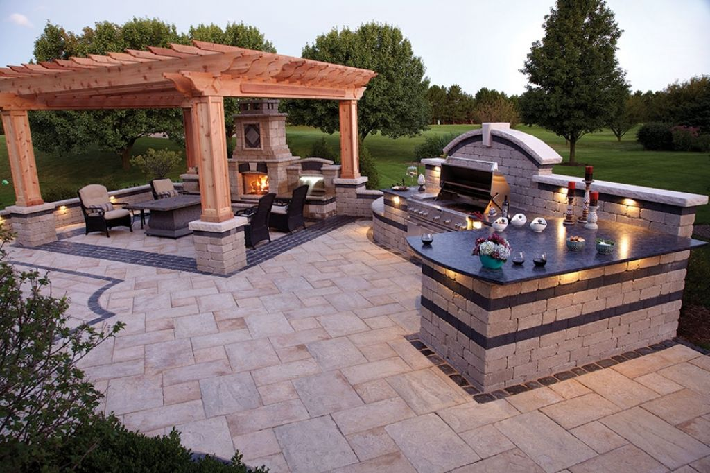 48 Split Level Exterior Remodel Ideas For Chicago Stunning Backyard Designs With Pool Remodelling
