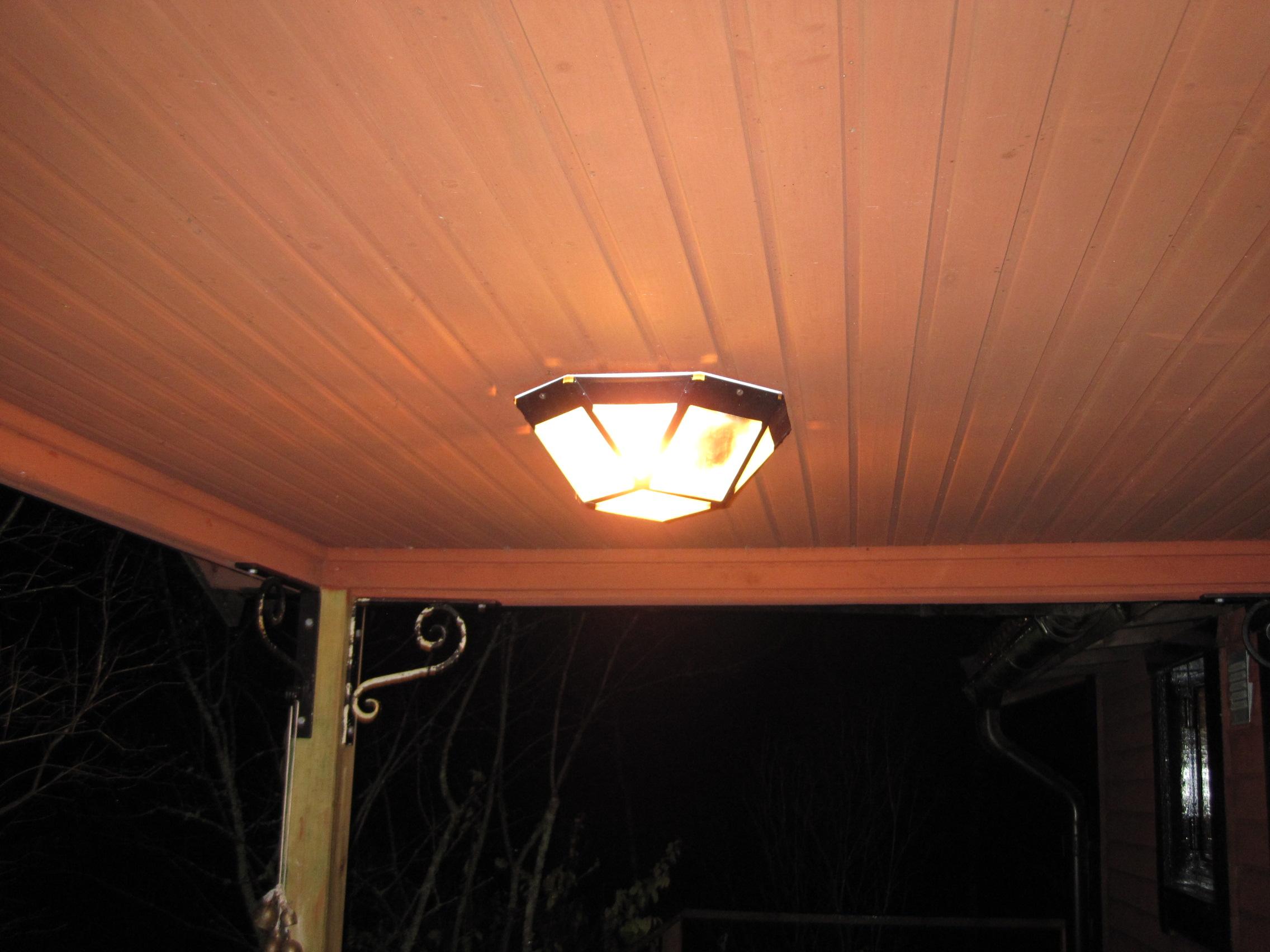porch-lamp-carbon-filament